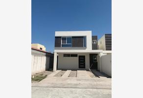 Foto de casa en venta en avenida del sabino , hacienda san rafael, saltillo, coahuila de zaragoza, 0 No. 01