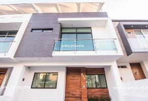 Foto de casa en venta en avenida federalistas , la cima, zapopan, jalisco, 13776719 No. 01