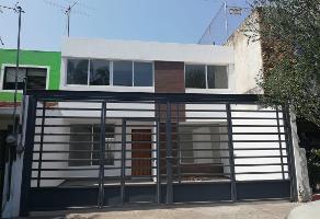 Foto de casa en venta en avenida fidel velazquez , jardines del country, guadalajara, jalisco, 0 No. 01
