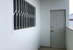 Foto de departamento en renta en avenida huayacán, smza 310, manzana 141, lt 62 , l 4 zona comercial palmaris , supermanzana 299, benito juárez, quintana roo, 0 No. 01