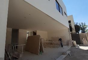 Foto de casa en venta en Royal Country, Zapopan, Jalisco, 17039527,  no 01