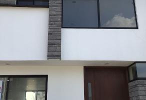 Foto de casa en venta en avenida lópez mateos 227, el alcázar (casa fuerte), tlajomulco de zúñiga, jalisco, 0 No. 01