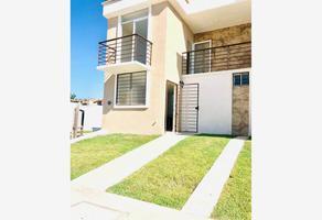 Foto de casa en venta en avenida mexico 200, villas universidad, puerto vallarta, jalisco, 20147060 No. 01