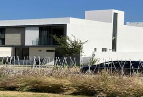 Foto de casa en venta en avenida paseo de la estrella , jardines vallarta, zapopan, jalisco, 0 No. 01
