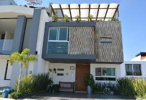 Foto de casa en venta en avenida punto sur 75, los gavilanes, tlajomulco de zúñiga, jalisco, 0 No. 01