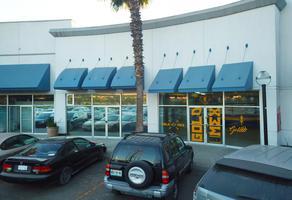 Foto de local en venta en avenida vía rápida poniente , infonavit la mesa, tijuana, baja california, 12405188 No. 01