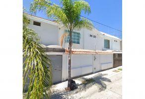Foto de casa en venta en Jardines Del Sol, Zapopan, Jalisco, 20380820,  no 01