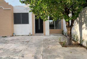 Foto de casa en venta en Ampliación Juan Pablo II, Mérida, Yucatán, 21304966,  no 01