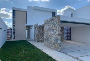 Foto de casa en venta en Los Laureles, Conkal, Yucatán, 12511572,  no 01