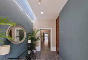 Foto de casa en venta en Merida Centro, Mérida, Yucatán, 21699800,  no 01