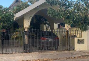 Foto de casa en venta en Los Pinos, Mérida, Yucatán, 17318415,  no 01