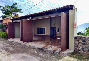Foto de casa en venta en Ajijic Centro, Chapala, Jalisco, 20911918,  no 01