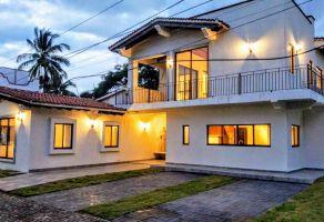 Foto de casa en condominio en venta en Aramara, Puerto Vallarta, Jalisco, 12279452,  no 01