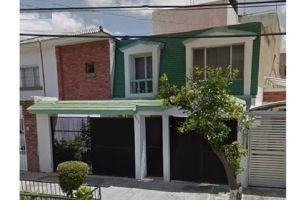 Foto de casa en venta en Atlas Chapalita, Zapopan, Jalisco, 7104906,  no 01