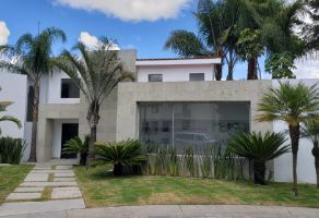 Foto de casa en venta en La Vista Contry Club, San Andrés Cholula, Puebla, 19985224,  no 01
