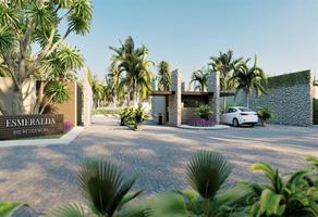 Foto de terreno habitacional en venta en  , bajos de chila, san pedro mixtepec dto. 22, oaxaca, 0 No. 01
