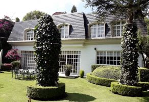 Foto de casa en venta en Bosques de las Lomas, Cuajimalpa de Morelos, DF / CDMX, 5955253,  no 01