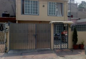 Foto de casa en venta en IMSS Tlalnepantla, Tlalnepantla de Baz, México, 21343067,  no 01