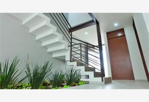 Foto de casa en venta en boulevard casa fuerte 12, el alcázar (casa fuerte), tlajomulco de zúñiga, jalisco, 0 No. 01