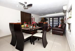 Foto de casa en venta en  , buenavista, mérida, yucatán, 12760077 No. 01