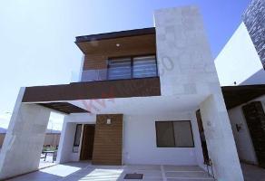Foto de casa en venta en bv. de los volcanes sur , zona de profesores, san andrés cholula, puebla, 12582488 No. 01