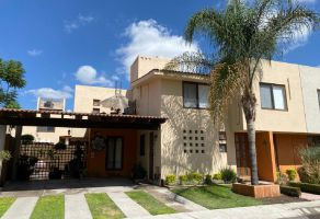 Foto de casa en venta en Puerta Real, Corregidora, Querétaro, 14865030,  no 01