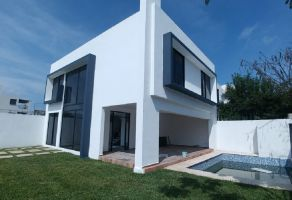 Foto de casa en venta en Tlayacapan, Tlayacapan, Morelos, 17457998,  no 01