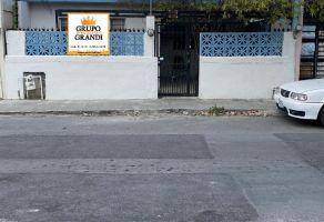 Foto de casa en venta en San Nicolás de los Garza Centro, San Nicolás de los Garza, Nuevo León, 15683442,  no 01