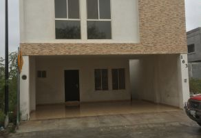 Foto de casa en venta en La Encomienda, General Escobedo, Nuevo León, 5189313,  no 01