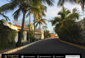 Foto de terreno habitacional en venta en Boca del Río Centro, Boca del Río, Veracruz de Ignacio de la Llave, 20264984,  no 01