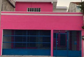 Foto de casa en venta en Jardines de San Sebastian, Mérida, Yucatán, 14812420,  no 01