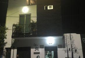 Foto de edificio en venta en Mezquitan Country, Guadalajara, Jalisco, 6492011,  no 01