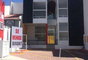 Foto de edificio en venta en Milenio III Fase B Sección 10, Querétaro, Querétaro, 20552278,  no 01