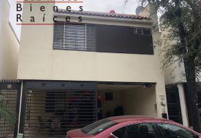 Foto de casa en venta en Misión de Anáhuac 1er Sector, General Escobedo, Nuevo León, 14408444,  no 01