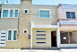 Foto de edificio en venta en calle virgilio uribe , ignacio zaragoza, veracruz, veracruz de ignacio de la llave, 16697975 No. 01