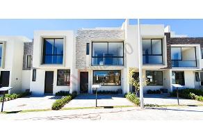 Foto de casa en venta en camino a san isidro mazatepec 1540, la providencia, tlajomulco de zúñiga, jalisco, 14703693 No. 01