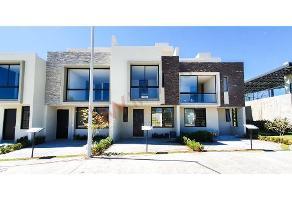 Foto de casa en venta en camino a san isidro mazatepec 1540, la providencia, tlajomulco de zúñiga, jalisco, 14703709 No. 01