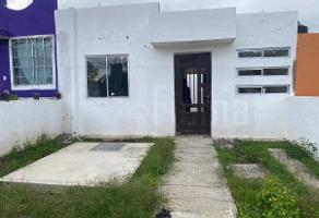 Foto de casa en venta en  , canoas, xalisco, nayarit, 0 No. 01