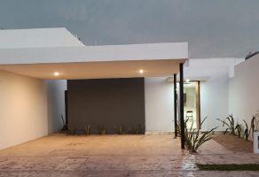 Foto de casa en venta en Chablekal, Mérida, Yucatán, 17354252,  no 01