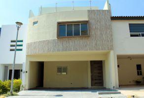 Foto de casa en venta en Residencial la Huasteca, Santa Catarina, Nuevo León, 15696161,  no 01