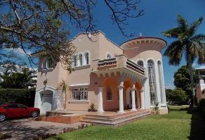 Foto de edificio en venta en  , centro sct yucatán, mérida, yucatán, 12501911 No. 01