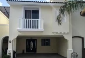 Foto de casa en venta en cerrada del pino 1002, cerradas de anáhuac 1er sector, general escobedo, nuevo león, 15044747 No. 01