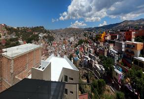 Foto de casa en venta en  , cerro de guijas, guanajuato, guanajuato, 20203284 No. 01