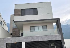 Foto de casa en renta en Puerta de Hierro Cumbres, Monterrey, Nuevo León, 20552508,  no 01