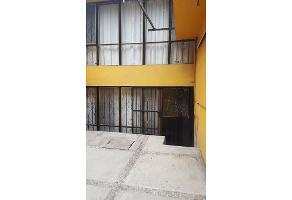 Foto de casa en venta en  , civac, jiutepec, morelos, 9331724 No. 01