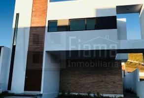 Foto de casa en venta en  , colinas del rey, tepic, nayarit, 13988859 No. 01