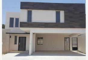 Foto de casa en venta en  , cumbres residencial, saltillo, coahuila de zaragoza, 0 No. 01