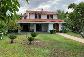 Foto de casa en renta en Las Cañadas, Zapopan, Jalisco, 14864852,  no 01