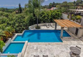 Foto de casa en venta en Rancho Cortes, Cuernavaca, Morelos, 16416735,  no 01