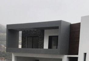 Foto de casa en venta en Loma Bonita, Monterrey, Nuevo León, 19647001,  no 01